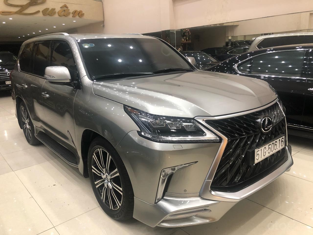 Bán Lexus LX570 đời 2018, màu bạc, nhập khẩu (2)