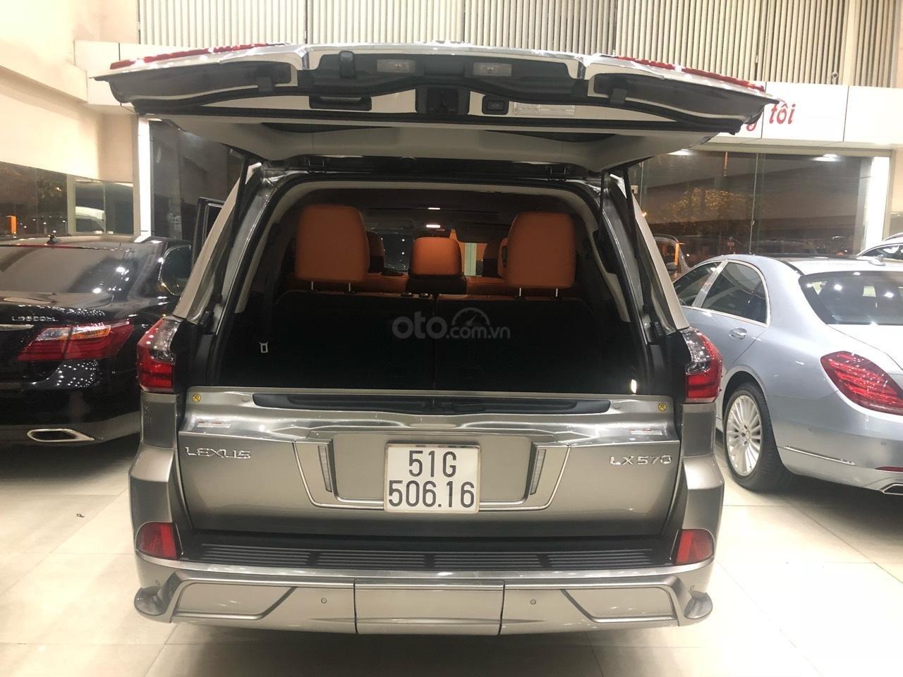 Bán Lexus LX570 đời 2018, màu bạc, nhập khẩu (11)