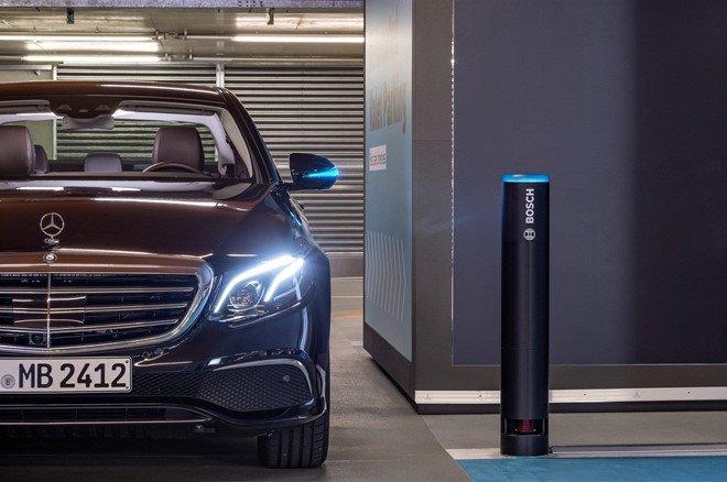Xe Mercedes-Benz sắp có thêm hệ thống bãi đỗ xe tự động a2