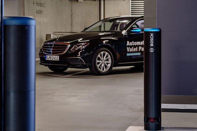Xe Mercedes-Benz sắp có thêm hệ thống bãi đỗ xe tự động a5