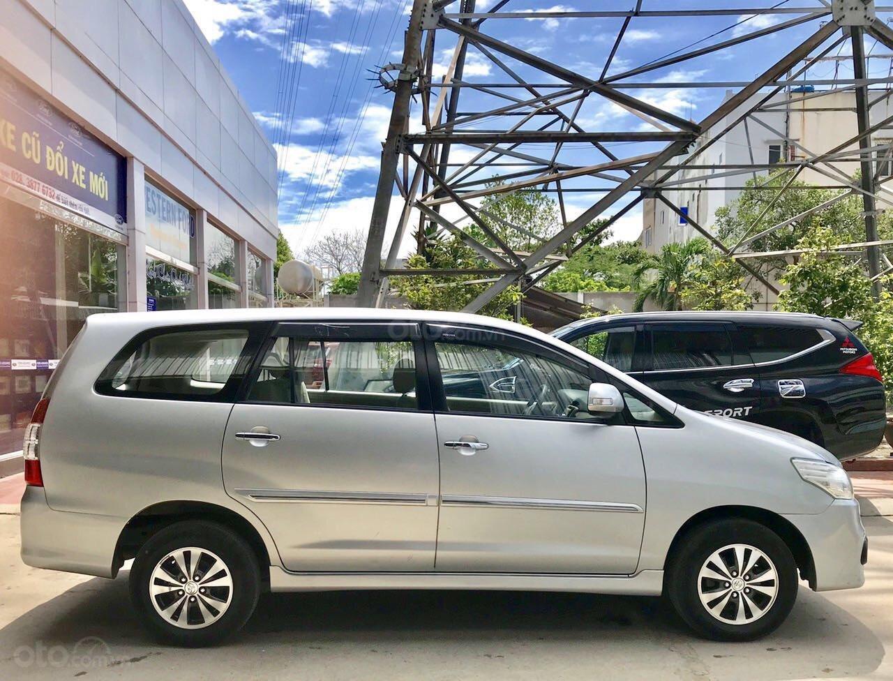 Toyota Innova 2.0E MT 2015 xe bán tại hãng Western Ford có bảo hành-4