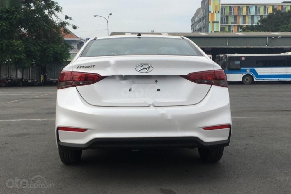 Hyundai Accent giá cực tốt, xe giao ngay, trả trước chỉ 135 triệu nhận xe ngay với lãi suất thấp (7)