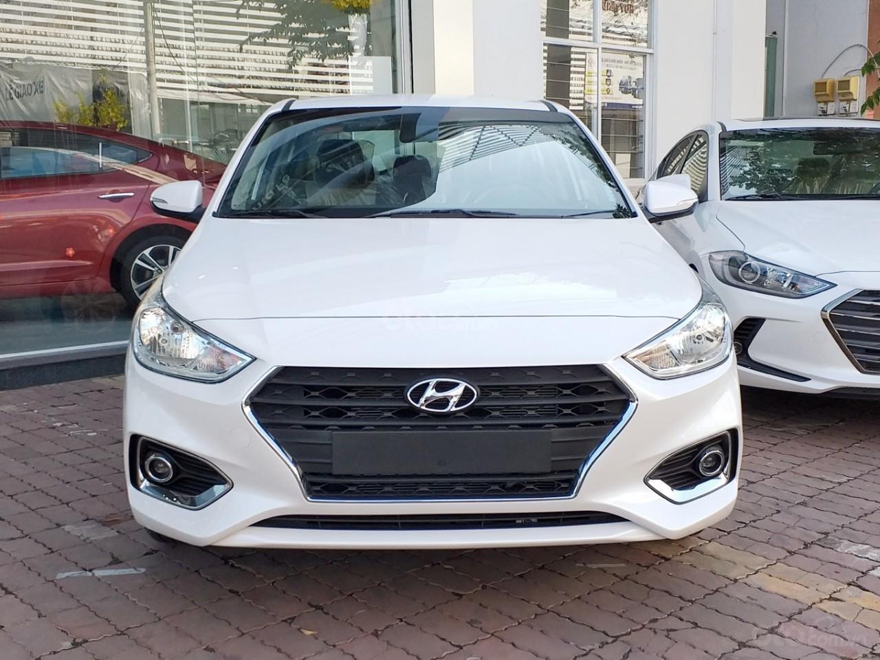 Hyundai Accent giá cực tốt, xe giao ngay, trả trước chỉ 135 triệu nhận xe ngay với lãi suất thấp (8)