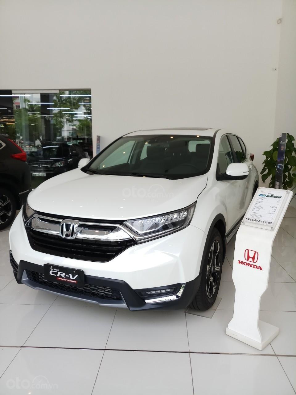 Giao ngay khuyến mại khủng Honda CRV L 2019, màu trắng: Giảm tiền mặt, tặng bảo hiểm và phụ kiện. Lh: 0964099926 (3)