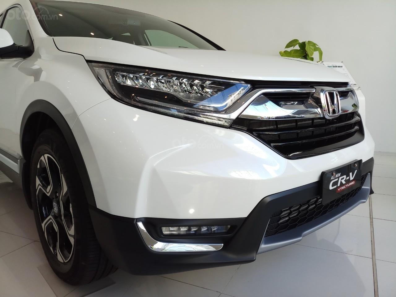 Giao ngay khuyến mại khủng Honda CRV L 2019, màu trắng: Giảm tiền mặt, tặng bảo hiểm và phụ kiện. Lh: 0964099926 (4)