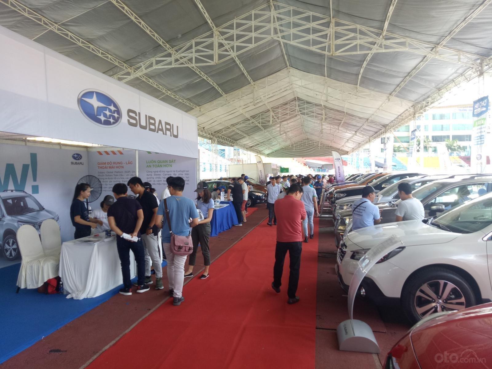 Một số hình ảnh tại Hội chợ Oto.com.vn lần 3 tại TP.HCM - Ảnh 2.