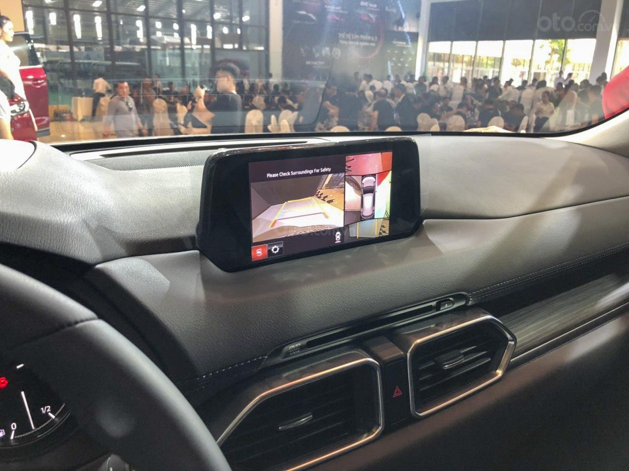 Camera 360 là điểm mới ở trang bị trên Mazda CX-5 2019.