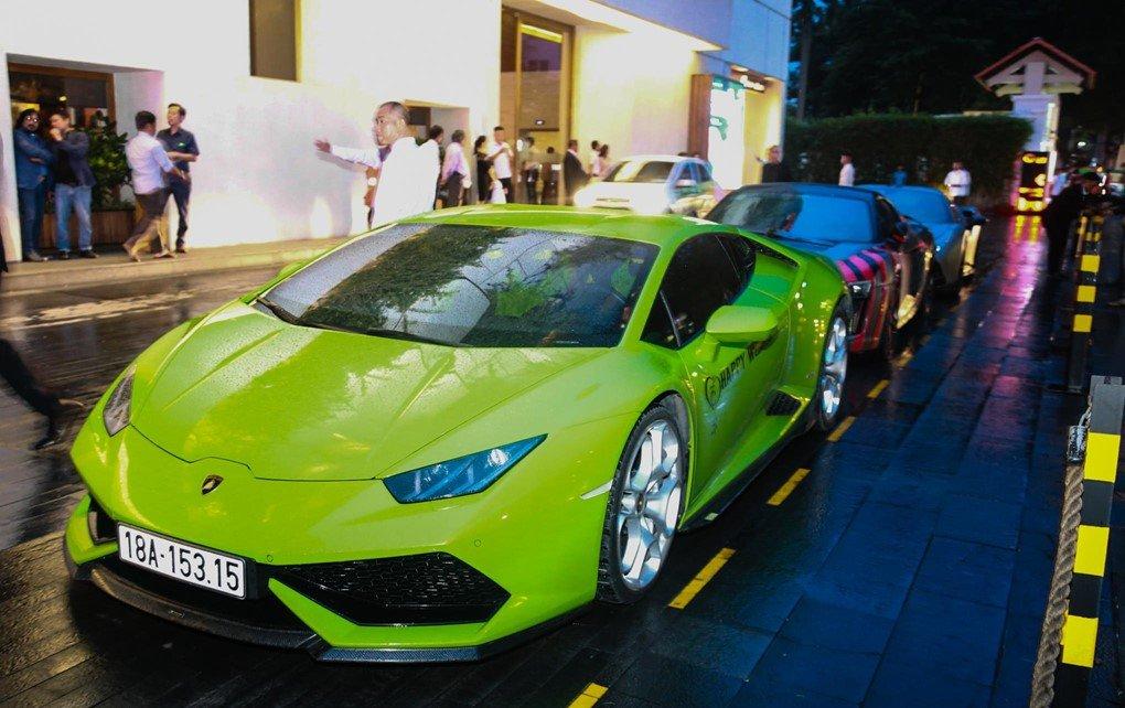 Soi dàn siêu xe Car Passion tại đám cưới Cường Đô La a13