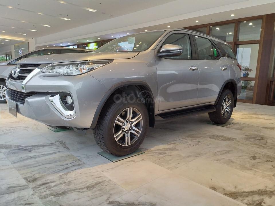 """""""Tháng 9 không lợi nhuận"""" Xe Toyota Fortuner giảm kịch sàn đến 80tr, LH 0941115585 (2)"""