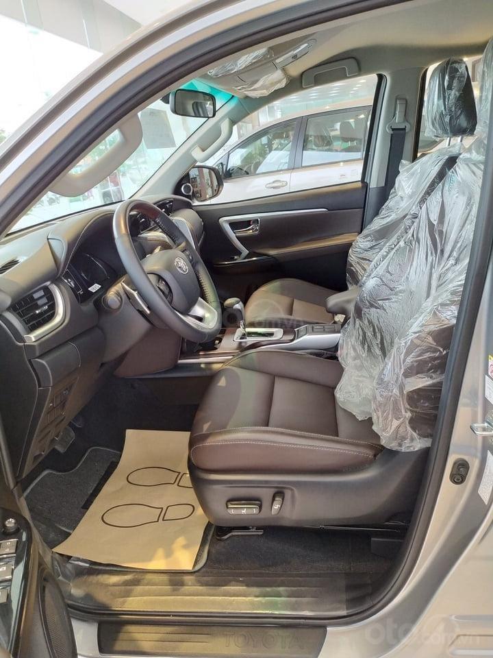"""""""Tháng 9 không lợi nhuận"""" Xe Toyota Fortuner giảm kịch sàn đến 80tr, LH 0941115585 (7)"""