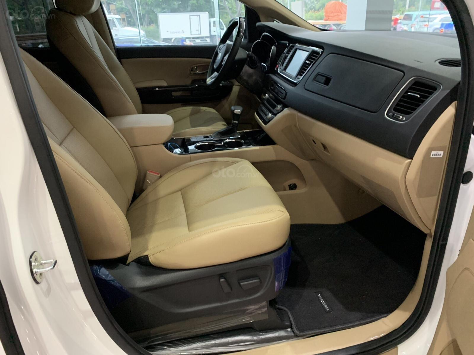Bán Kia Sedona SX 2019 mới 100% giá tốt, hỗ trợ vay lên đến 85% (4)