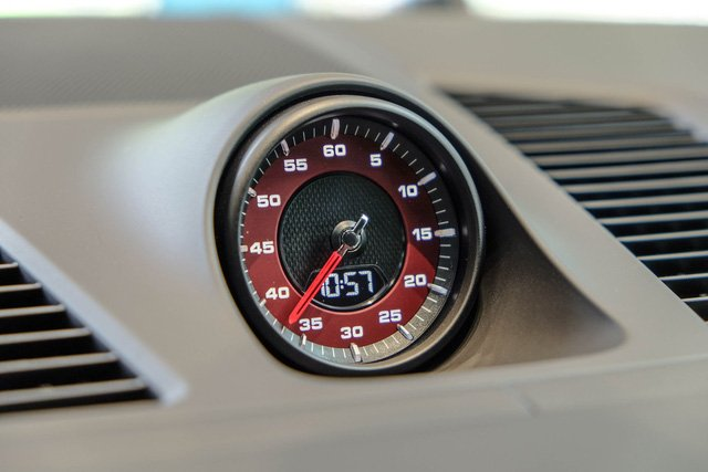 """Porsche Cayenne Turbo thế hệ mới đầu tiên về nước giá 10 tỷ đồng kèm nhiều """"đồ chơi"""" khủng a15"""