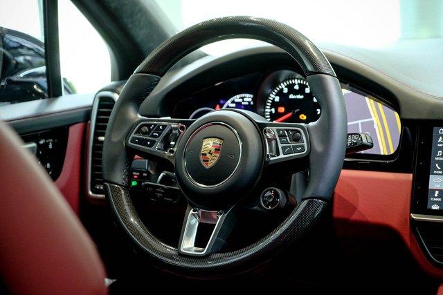 """Porsche Cayenne Turbo thế hệ mới đầu tiên về nước giá 10 tỷ đồng kèm nhiều """"đồ chơi"""" khủng a13"""