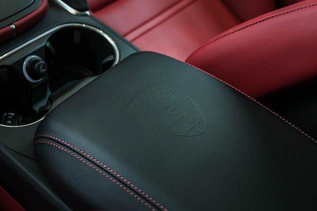 """Porsche Cayenne Turbo thế hệ mới đầu tiên về nước giá 10 tỷ đồng kèm nhiều """"đồ chơi"""" khủng a17"""
