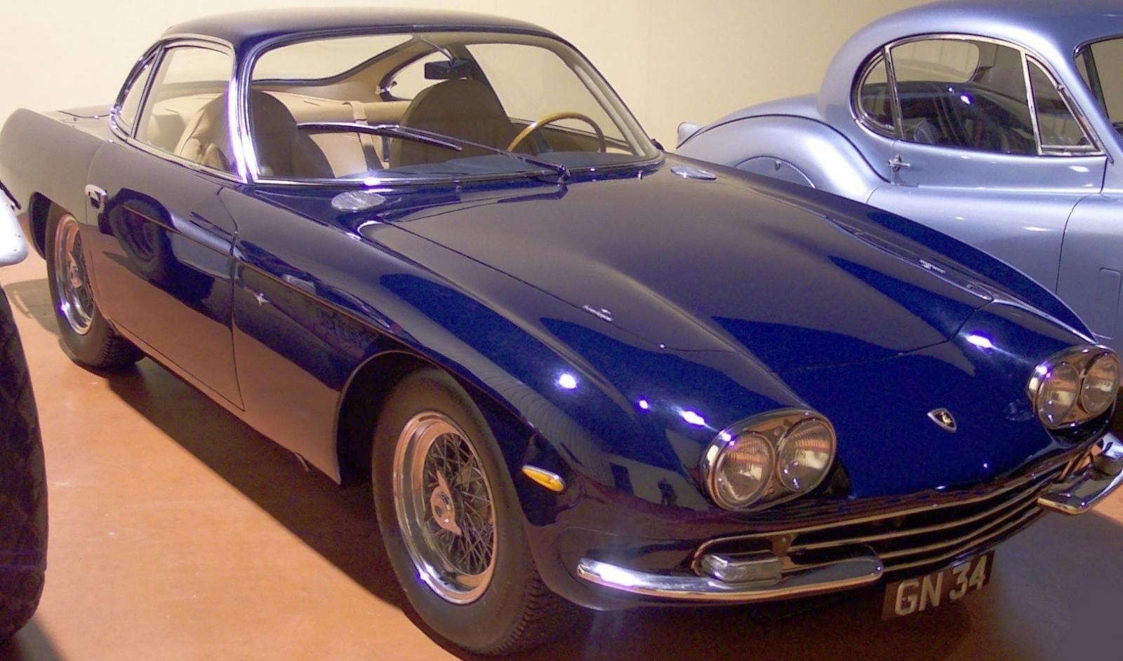 Lamborghini 350GT là mẫu xe đầu tiên mà Lamborghi sản xuất.
