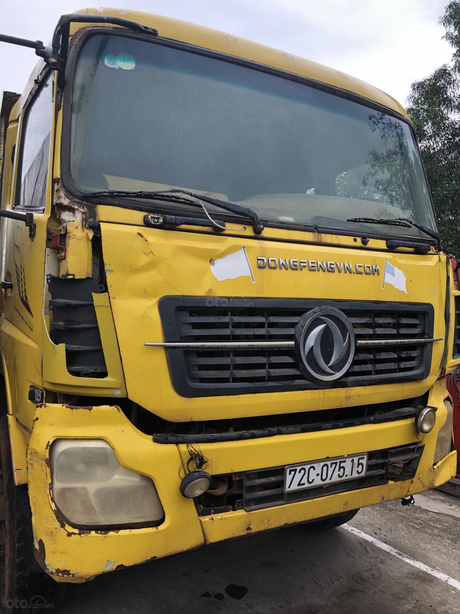 Cần bán xe ben Dongfeng (DFM) 11.870kg đời 2015, màu vàng (1)