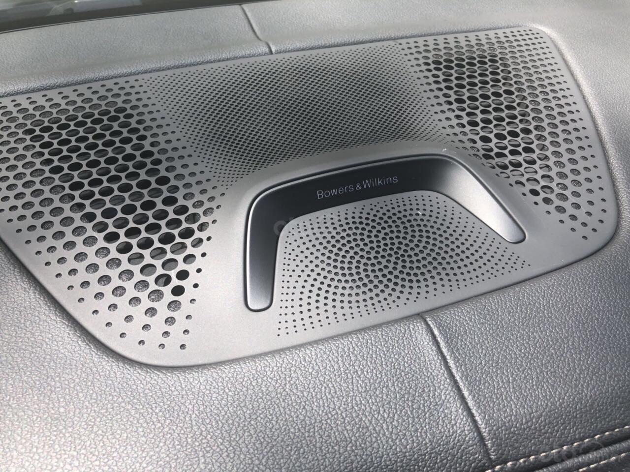 Bán ô tô BMW X7 xDrive 40i Msport sản xuất 2019, màu trắng, nhập khẩu, mới 100% LH: 0905098888 - 0982.84.2838-8