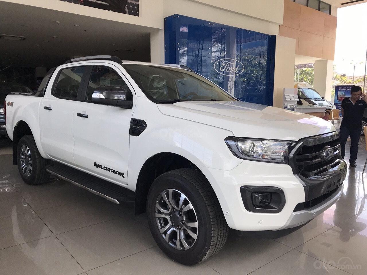 Ford Ranger giảm giá thấp nhất trong năm 2019 cùng Quà tặng khủng, bốc thăm trúng thưởng giá trị. ☎️ Dũng - 0908937238-1