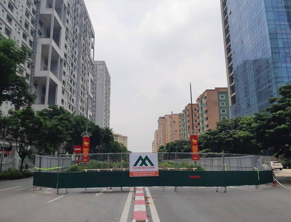 Nhiều tuyến đường tại Mỹ Đình bị rào chắn để làm đường đua F1 1a