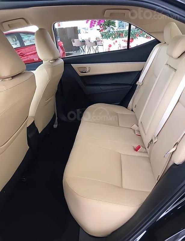 Cần bán Toyota Corolla altis 1.8G AT đời 2019, màu đen  (3)