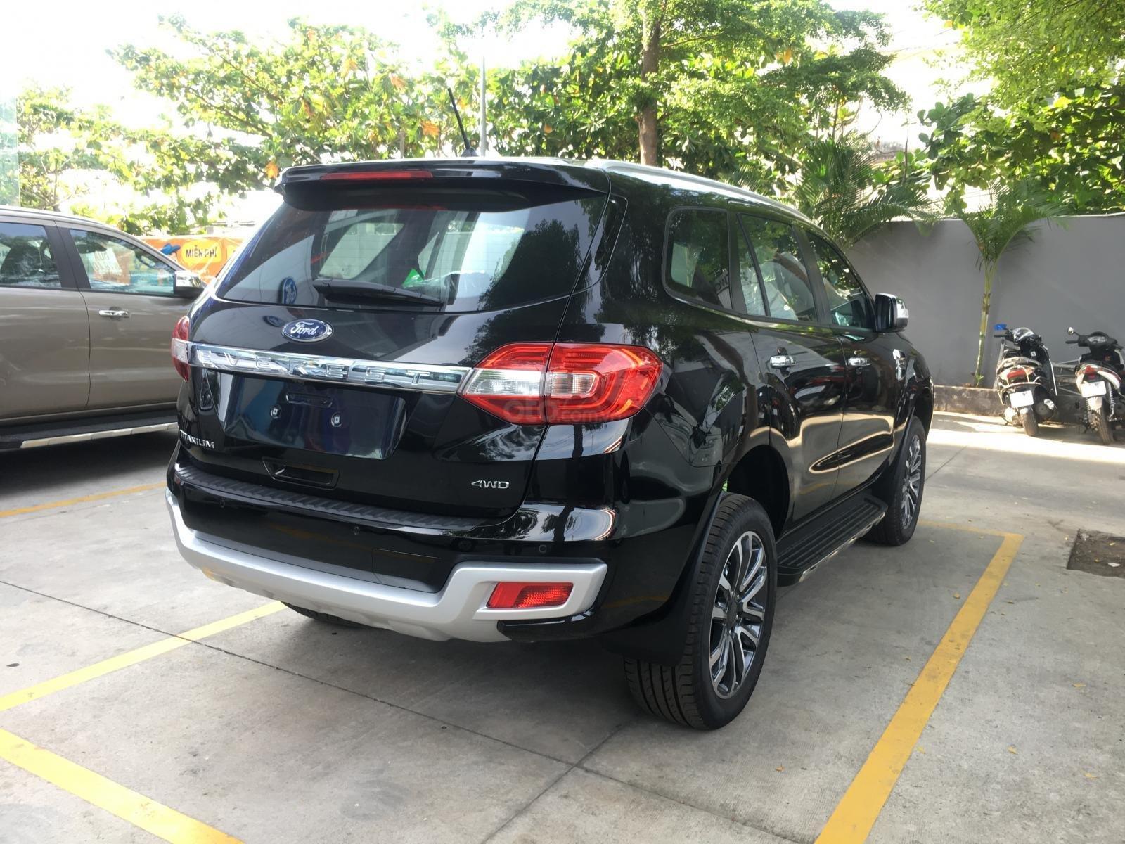 Ford Everest Titanium Bi-Turbo, 2 cầu tự động, nhập khẩu Thái Lan, giá niêm yết 1 tỷ 399tr-4