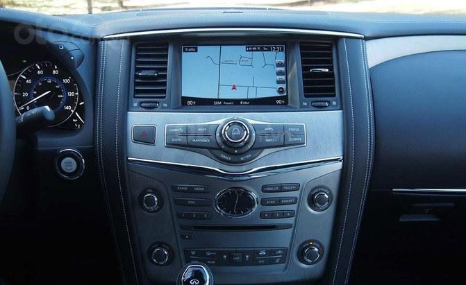 Ưu nhược điểm của Infiniti QX80 2019 - Công nghệ hỗ trợ lái cập nhật