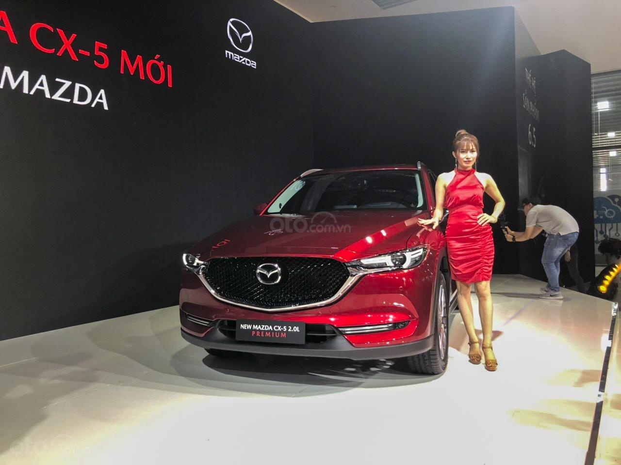 Đánh giá xe Mazda CX-5 2019: Ngoại hình của phiên bản 2019 không có sự thay đổi ở phần đầu xe.