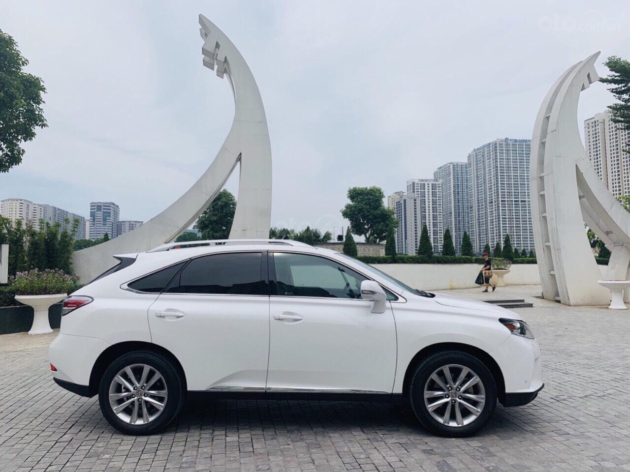 Cần bán xe Lexus RX 350 năm sản xuất 2014, màu trắng, nhập khẩu nguyên chiếc (2)