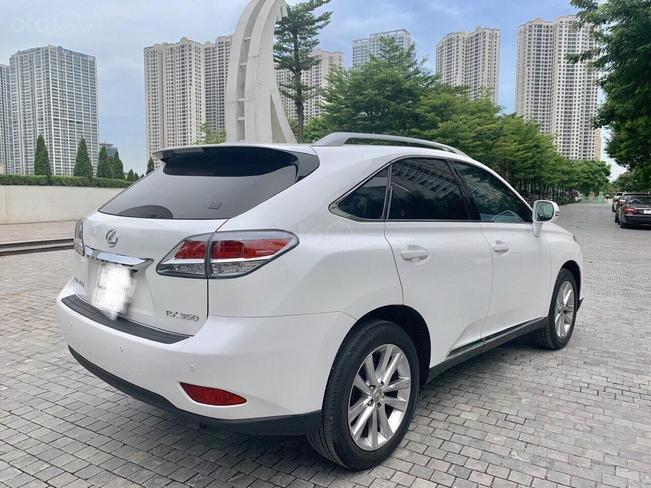 Cần bán xe Lexus RX 350 năm sản xuất 2014, màu trắng, nhập khẩu nguyên chiếc (3)