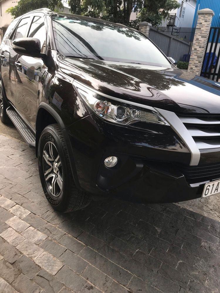 Cần bán Toyota Fortuner sản xuất năm 2017, màu nâu, nhập khẩu nguyên chiếc-2