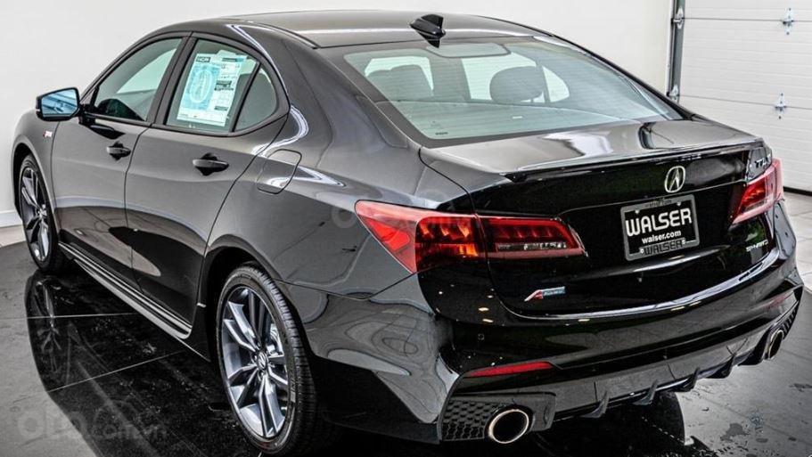 Đánh giá xe Acura TLX 2020 về đuôi xe - Thể thao