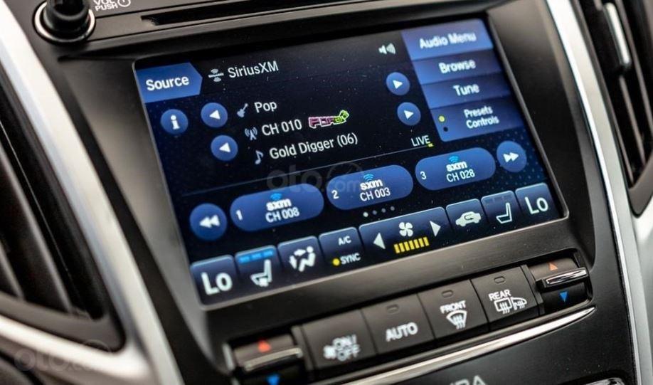 Đánh giá xe Acura TLX 2020 về màn hình thông tin giải trí