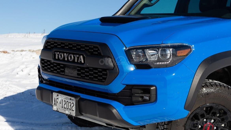 Đánh giá xe Toyota Tacoma TRD Pro 2019 về đầu xe - Đầy cá tính