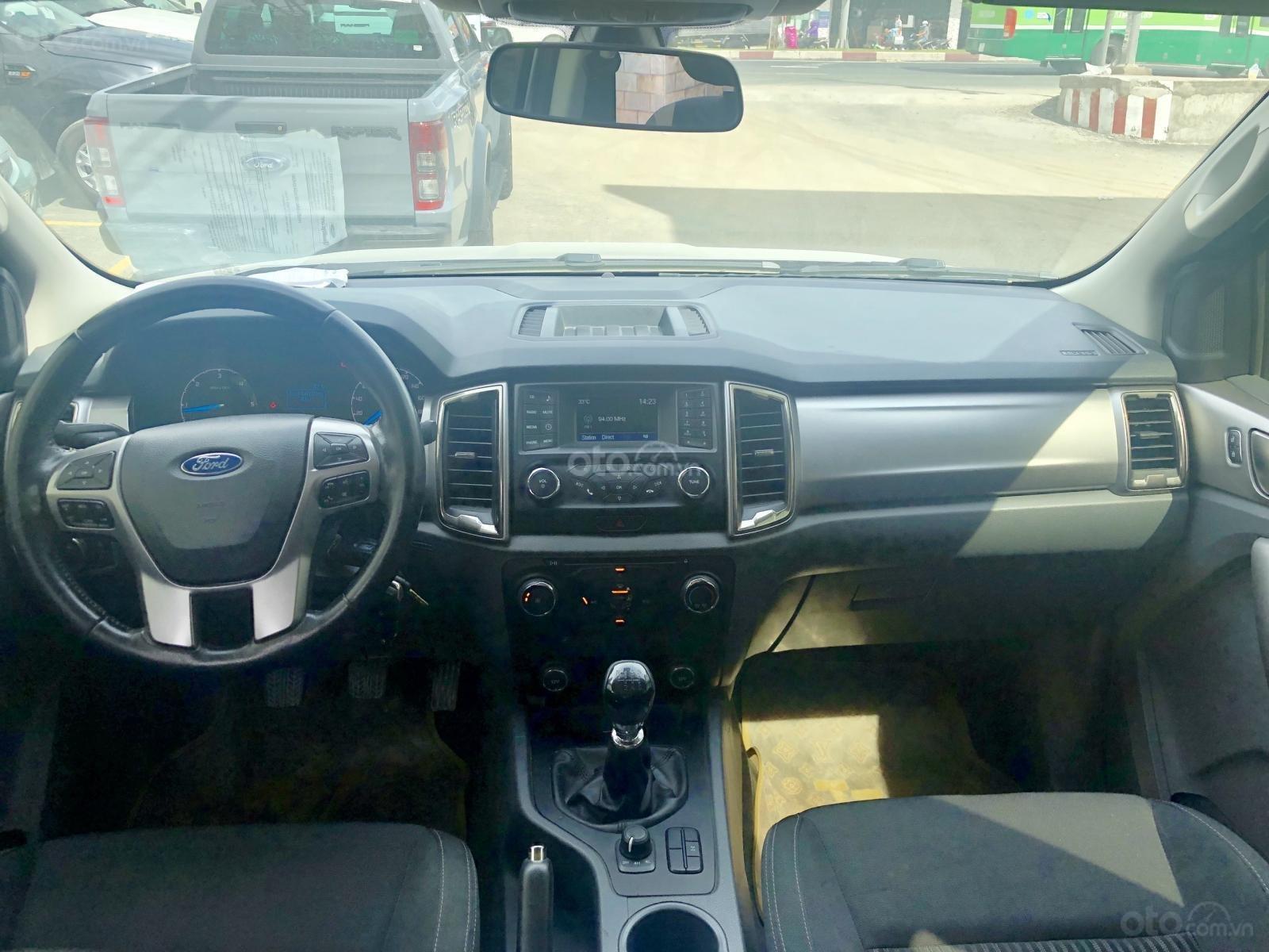 Bán Ford Ranger 2.2L XLT 4x4 MT đời 2016, màu trắng, xe bán tại hãng có bảo hành (10)