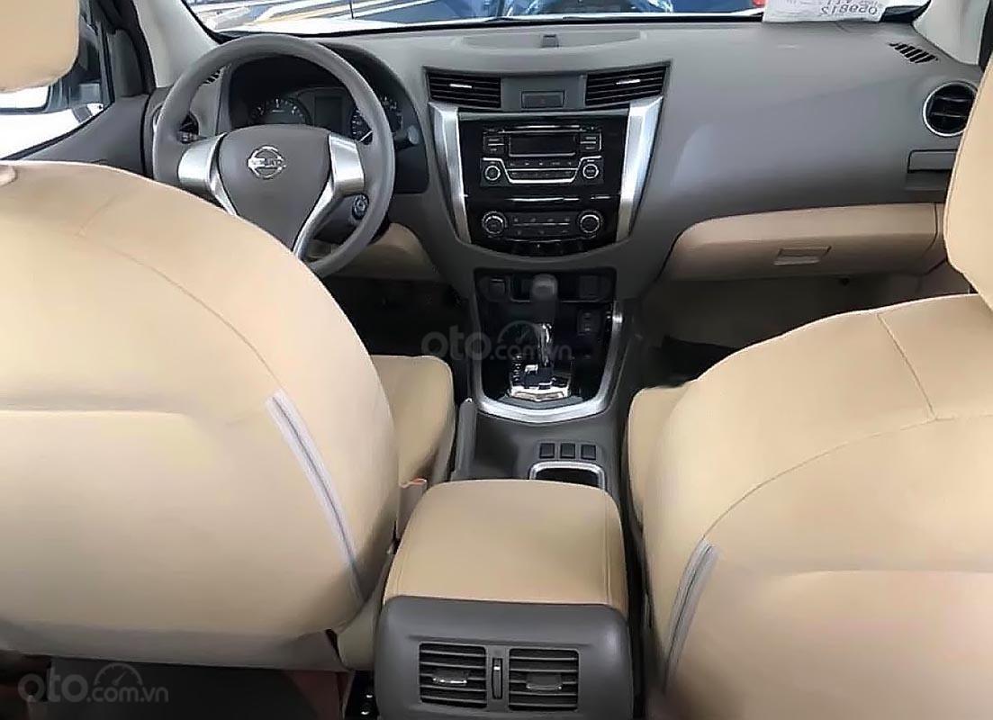 Bán Nissan Navara EL 2.5 AT 2WD 2019, màu trắng, nhập khẩu-2