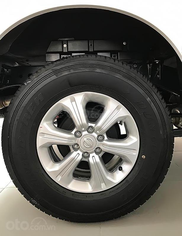 Bán Nissan Navara EL 2.5 AT 2WD 2019, màu trắng, nhập khẩu-4