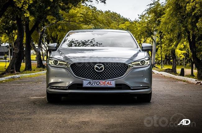 Đánh giá xe Mazda 6 2019 bản máy dầu Skyactiv-D về đầu xe