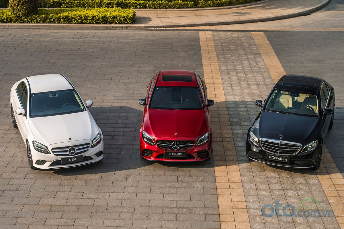 Mercedes-Benz C-Class 2019 có 3 phiên bản C200, C200 Exclusive và C300 AMG.