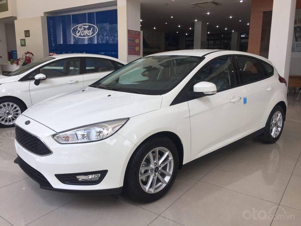 Ford EcoSport giảm 10 triệu đồng trong tháng 8 năm 2019 a1