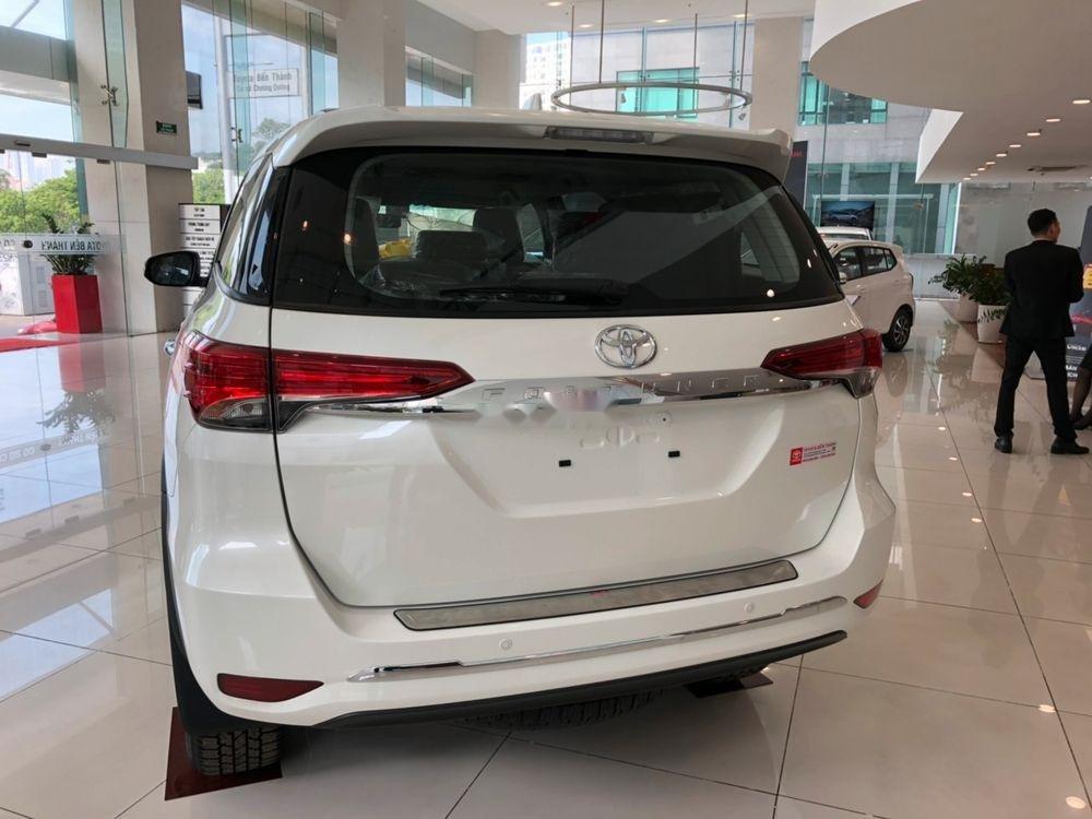 Bán Toyota Fortuner 2.7AT đời 2019, màu trắng, xe nhập (2)