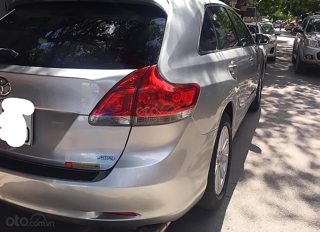 Cần bán gấp Toyota Venza năm 2009, màu bạc, nhập khẩu nguyên chiếc xe gia đình (2)