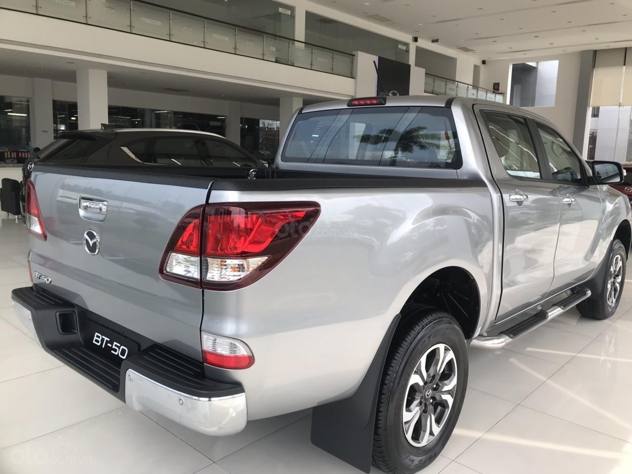 Cần bán xe Mazda BT 50, màu trắng, nhập khẩu, 674 triệu-1