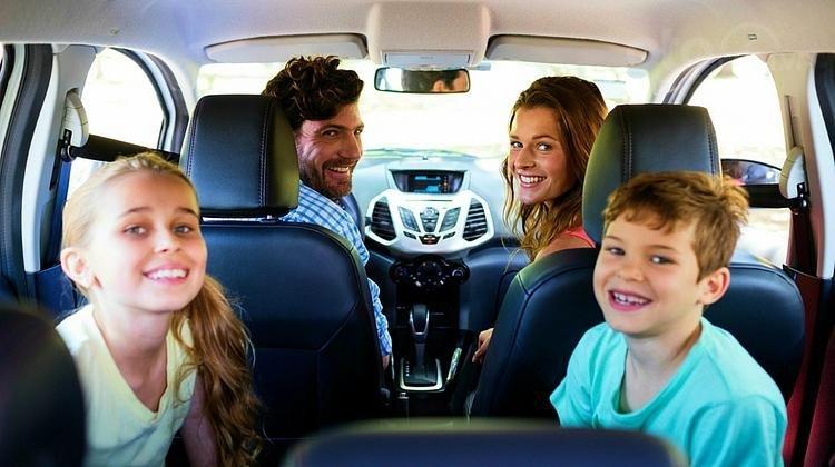 Hãy mang đến những chuyến đi an toàn cho con trẻ.