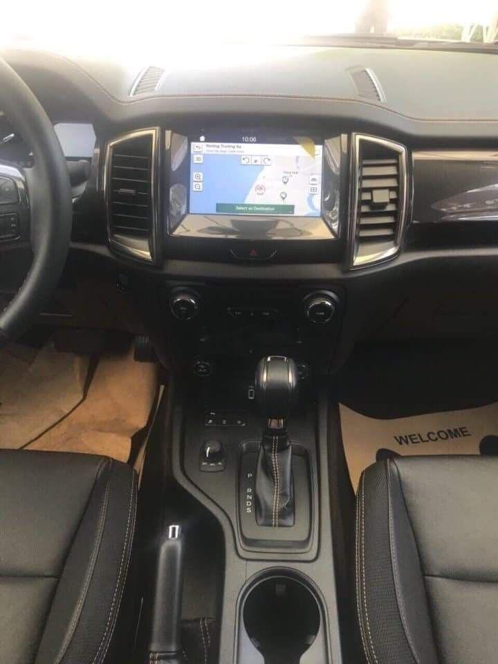 Cần bán Ford Ranger đời 2019, màu trắng, nhập khẩu nguyên chiếc (5)