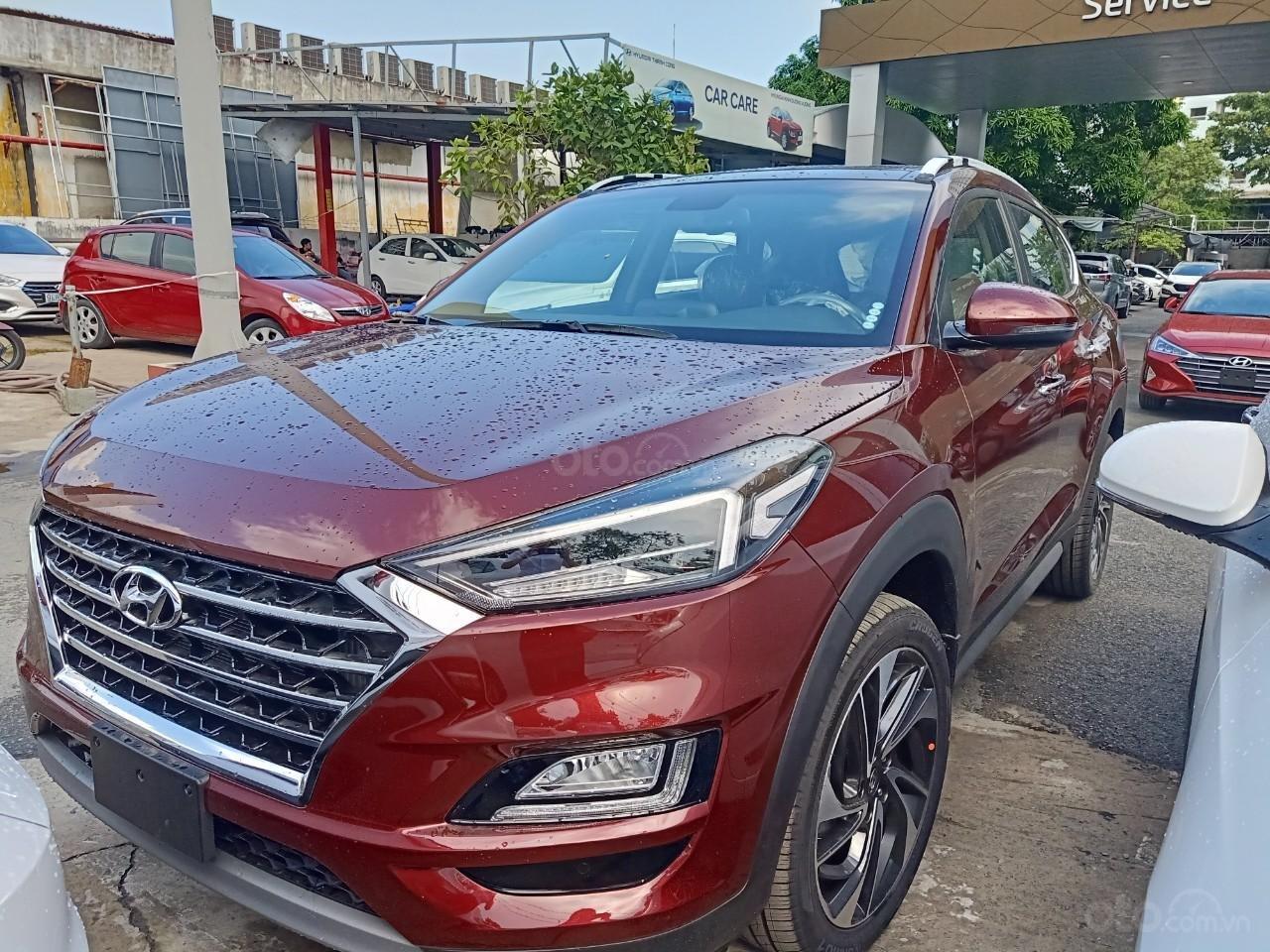 Tucson Turbo 2019 đỏ + Tặng combo Hyundai trị giá 40 triệu đồng + Hỗ trợ trả trước chỉ 10% giá trị xe-6