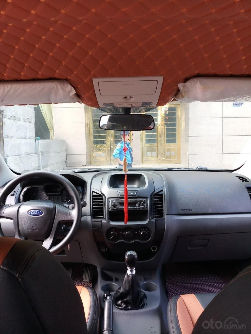 Ô Tô Thủ Đô bán xe Ford Ranger XL 2.2L 4x4 2016, 2 cầu, màu ghi xám 469 triệu-3