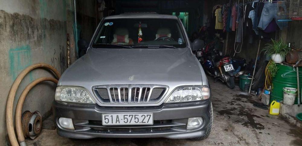 Gia đình bán xe Ssangyong Musso 2002, màu bạc, nhập khẩu   (1)
