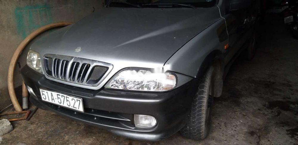 Gia đình bán xe Ssangyong Musso 2002, màu bạc, nhập khẩu   (5)