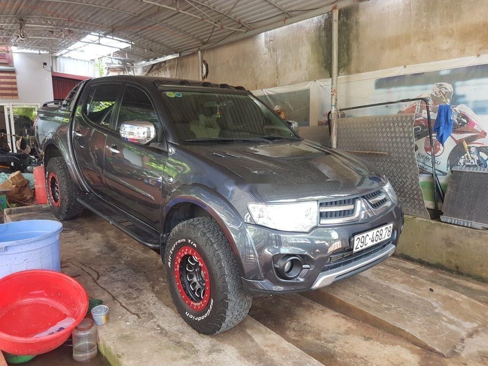 Cần bán Mitsubishi Triton sản xuất 2015, màu xám, nhập khẩu   (1)