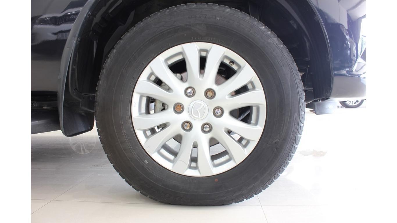 Bán Mazda BT 50 3.2 AT 2015, màu đen, xe nhập, trả trước chỉ từ 162 triệu (14)